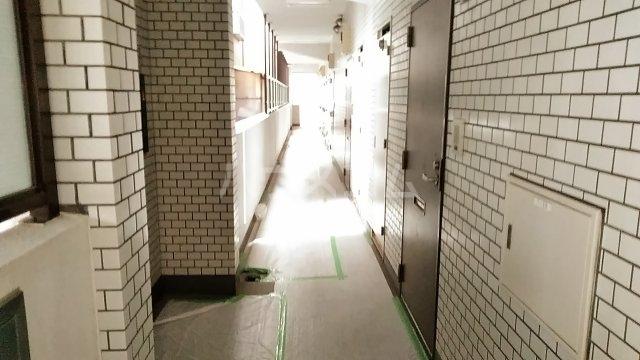 ヴェラハイツ鶴見 205号室のロビー