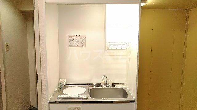ヴェラハイツ鶴見 205号室のキッチン
