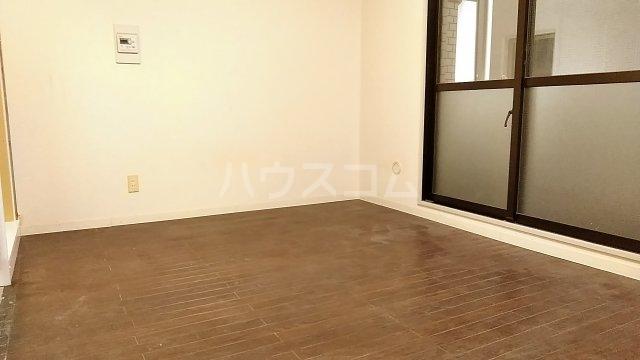 ヴェラハイツ鶴見 205号室のベッドルーム