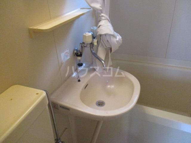 コーポパイン 202号室の洗面所