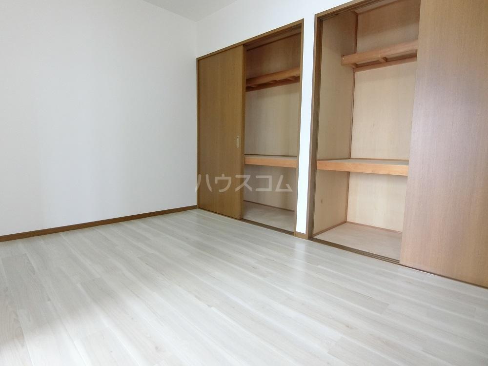 メゾン21 503号室の居室