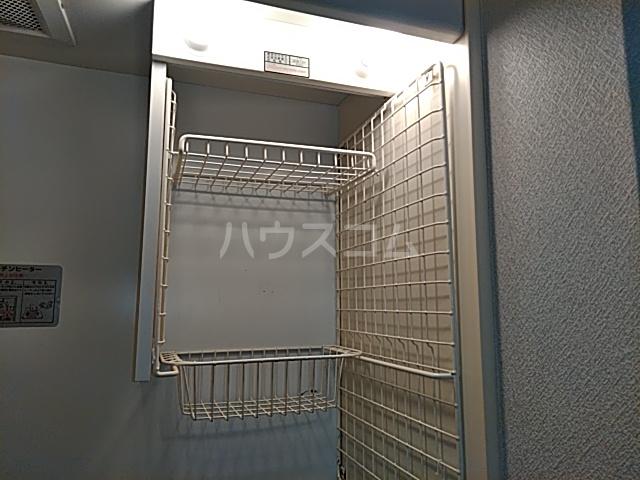 スペースイン笠寺 203号室の玄関