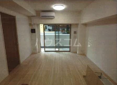 ライトテラス新宿御苑 601号室のリビング
