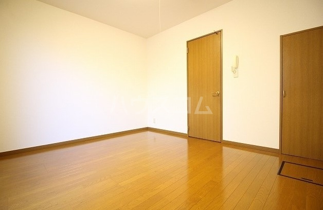 アムール桜屋 101号室のベッドルーム