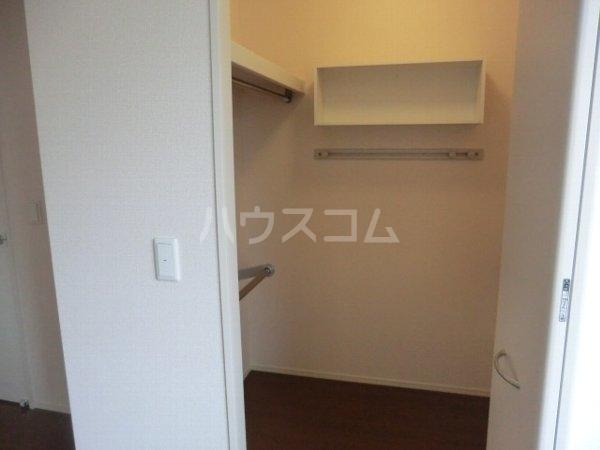 サザンクロス B 101号室の収納