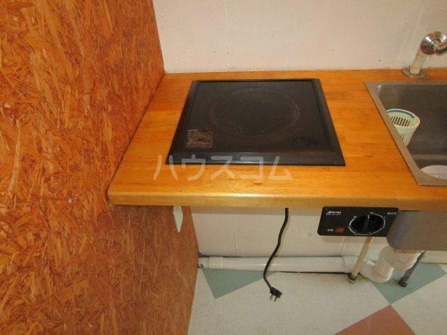 カレッジタウンウィング 228号室のキッチン