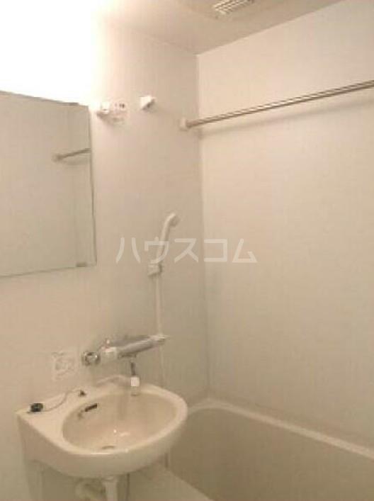 ライズ赤塚 209号室の風呂