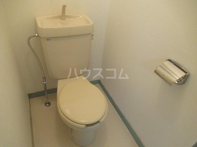 トランキル峯 102号室のトイレ
