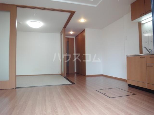 アクアサイドⅡ 201号室の居室