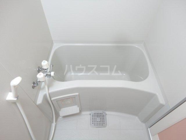 クラーレン ハウス 101号室の風呂