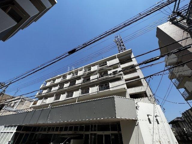 山崎第7マンションの外観