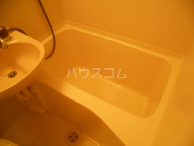 フレスコ永山 303号室の風呂