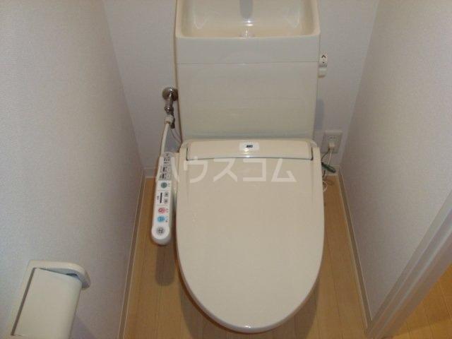 ワンズハート室見 703号室のトイレ