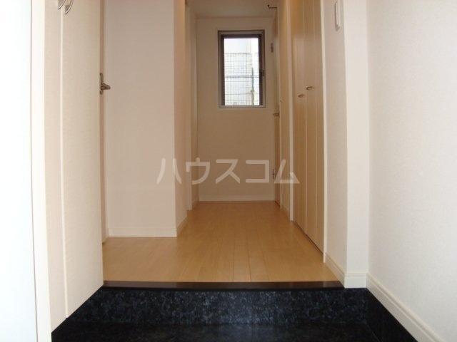 ワンズハート室見 703号室の玄関