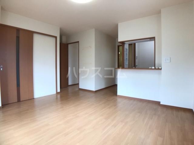 アベリアガーデン 00105号室の収納