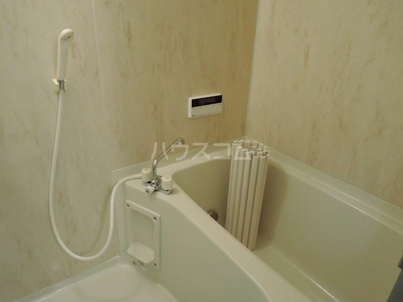 カンタービレ 301号室の風呂
