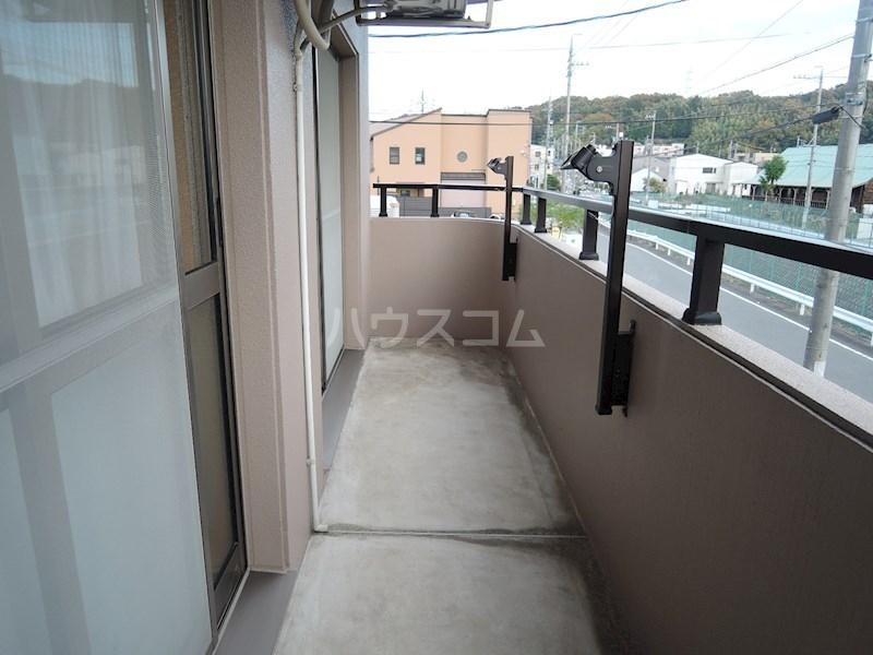 カンタービレ 301号室のバルコニー