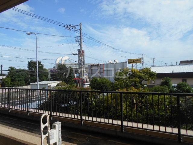 グランドエンブレム横浜 202号室の景色