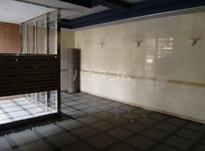 サンヴェール 601号室のロビー