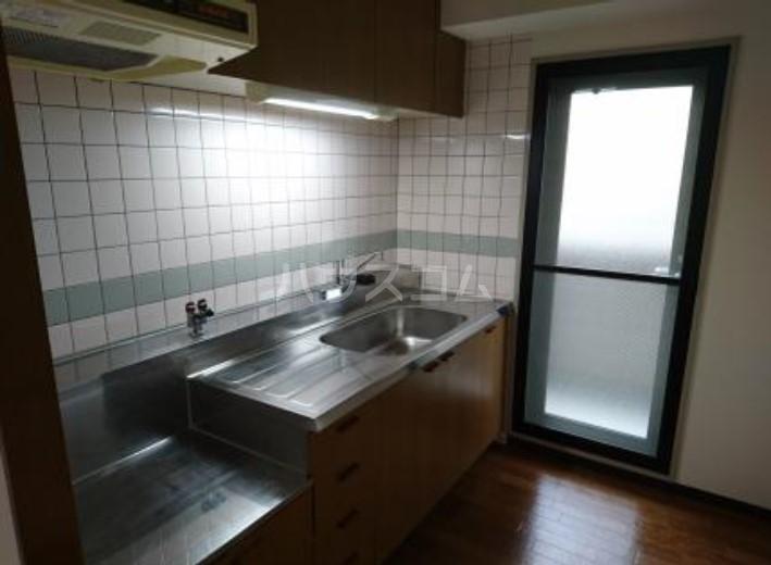 サンヴェール 601号室のキッチン