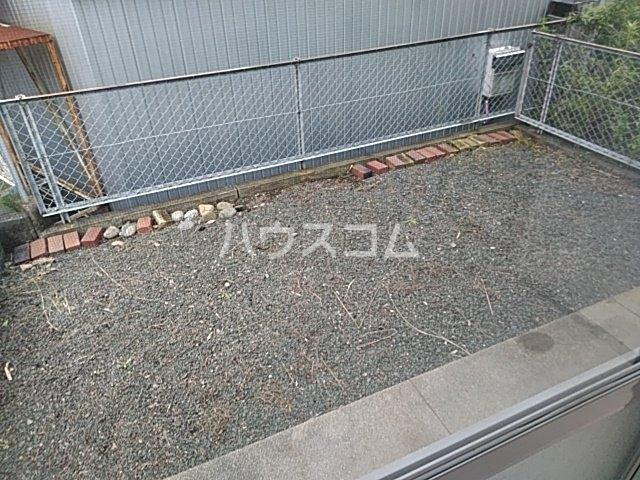 アーバンライフ横落 A 102号室の庭