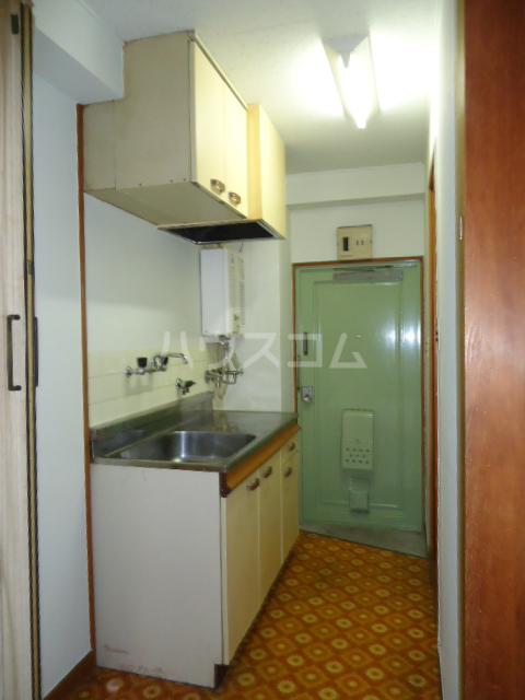 小林ビル 110号室のキッチン