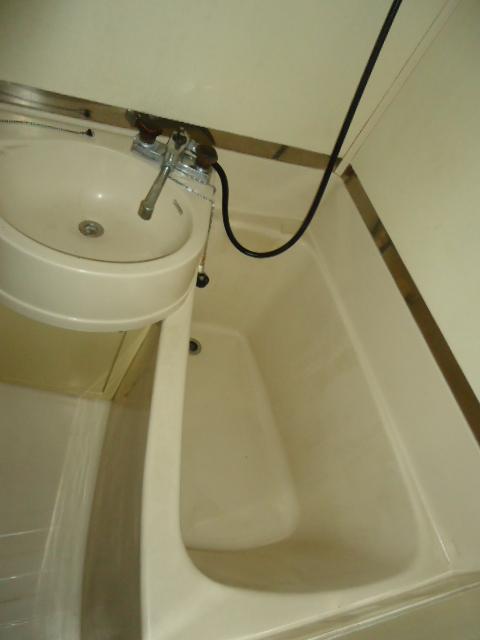 小林ビル 110号室の風呂