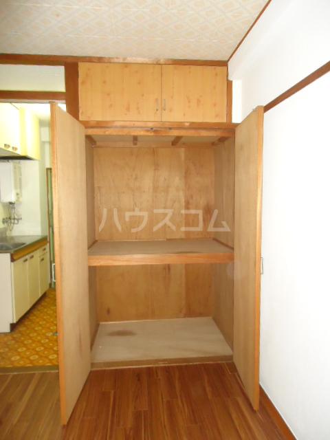小林ビル 110号室の収納