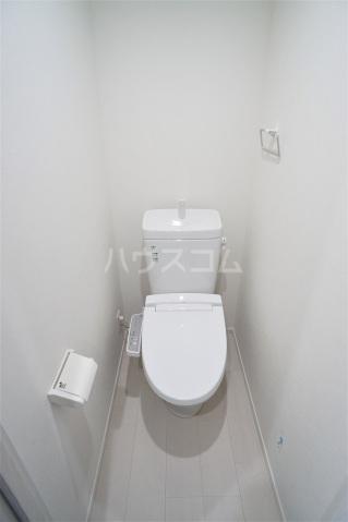 プレシャス南与野 502号室のトイレ