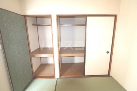 セジュールソフィアⅢ 105号室の収納
