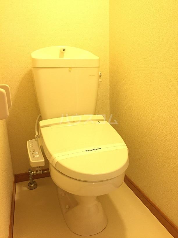 レオパレス拓 201号室のトイレ