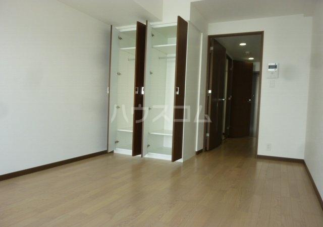 JUMELLES京成船橋 504号室の居室