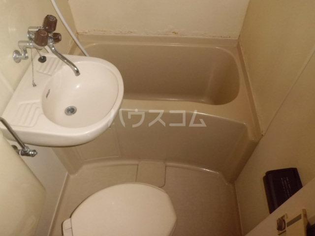K・柴又 203号室の風呂