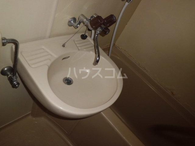 K・柴又 203号室の洗面所