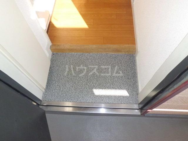 K・柴又 203号室の玄関