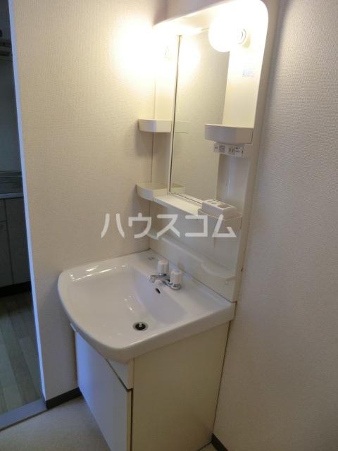 レネット桜台 201号室の洗面所