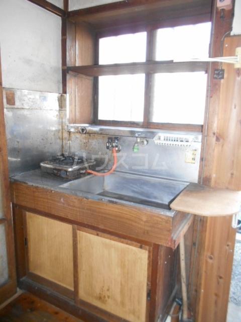 長山アパートのキッチン