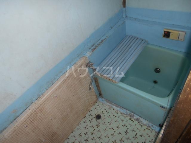 長山アパートの風呂