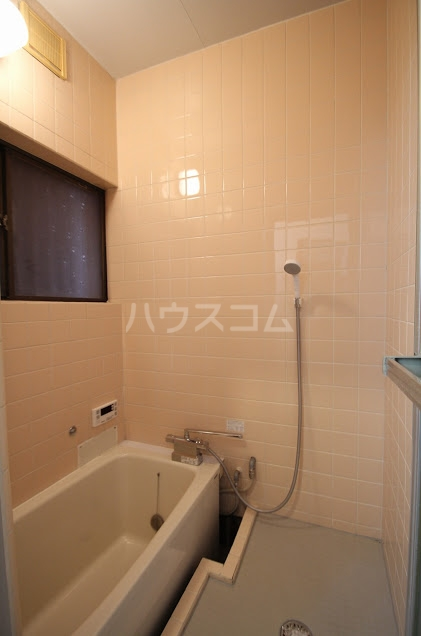 KハイツⅠ 102号室の風呂