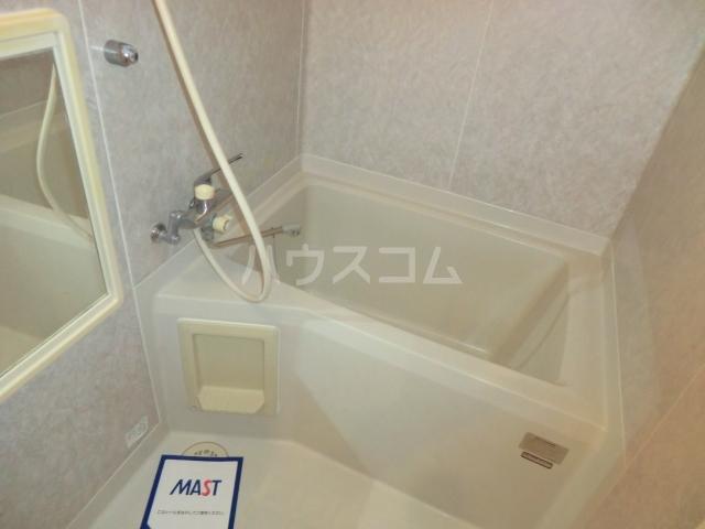 ロジュマンイズミF、G棟 G201号室の風呂