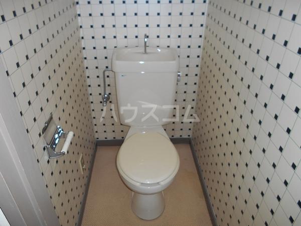 第2住吉ハイツ 20B号室のトイレ