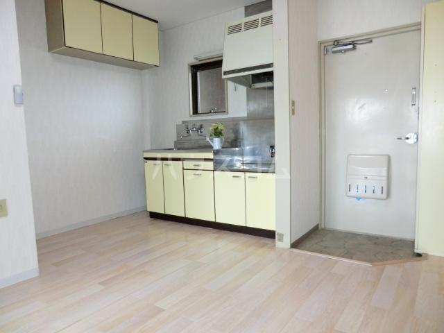 パレ・ソーカル 101号室のキッチン