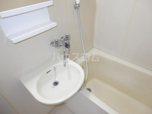 パレ・ソーカル 101号室の洗面所