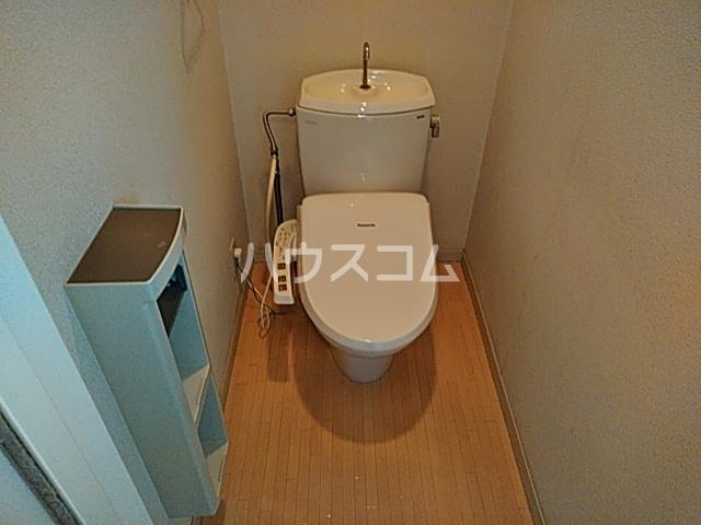 フォルス船橋Ⅲ 103号室のトイレ