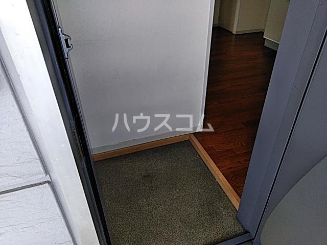 フォルス船橋Ⅲ 103号室の玄関