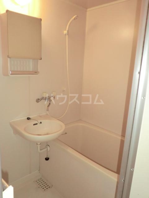 EAST COURT SHIPPO 205号室の風呂