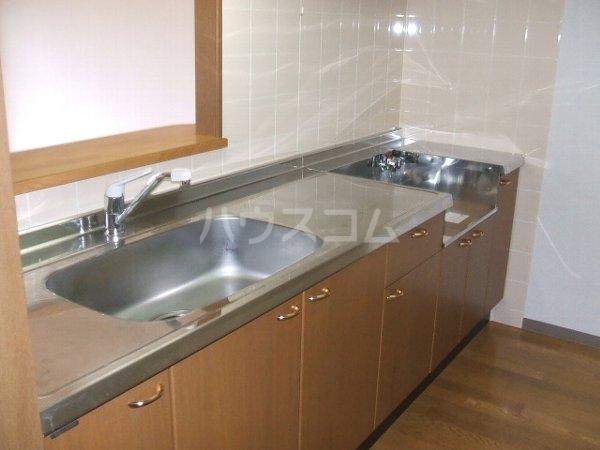 グランデ駿河台 104号室のキッチン