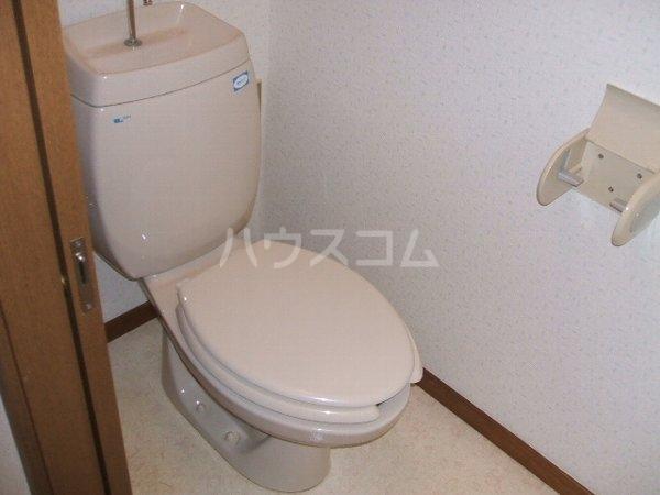 グランデ駿河台 104号室のトイレ