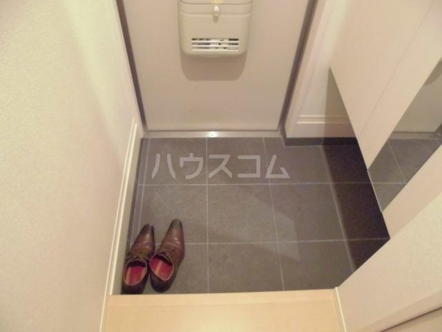 D-room阿佐谷南 102号室の玄関