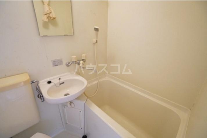 プチネスト上池 105号室の風呂